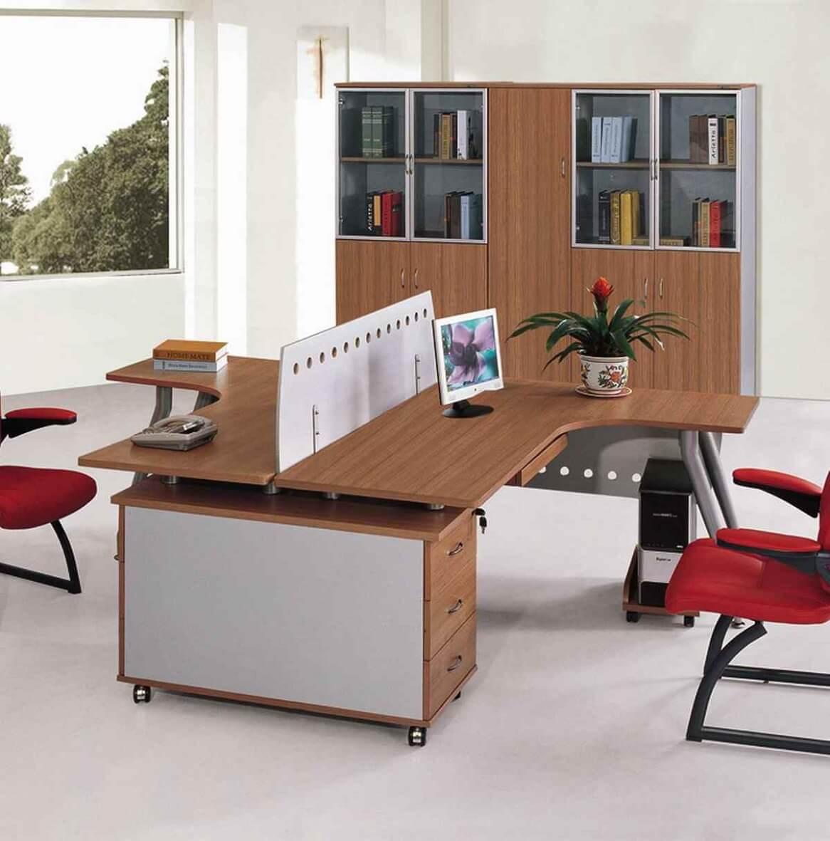 Chọn bàn dựa theo diện tích văn phòng